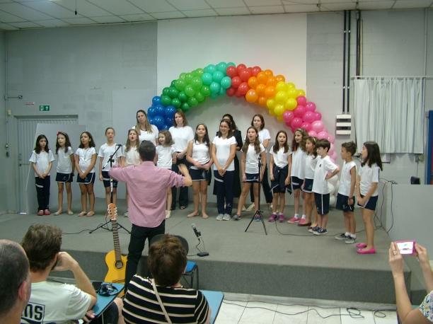 colegio almeida junior - fim de ano coral