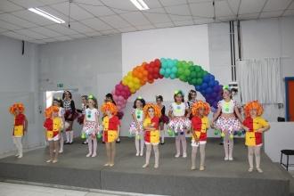 colegio almeida junior - fim de ano danca