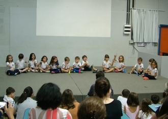 colegio almeida junior - fim de ano musicalizacao 1