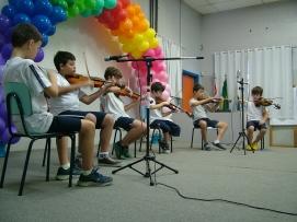colegio almeida junior - fim de ano violino